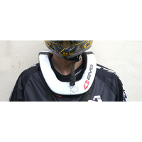 Evs Race Neck Collar R4 White -Adult Size-