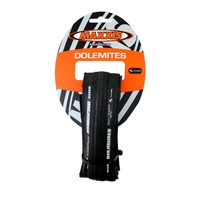 Maxxis Dolomites 700X23C Folding Road Tyre Black